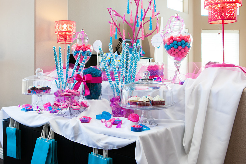 published february 28 2013 at 800 534 in a pink and sky blue candy bar shower